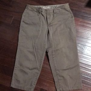 Eddie Bauer crop pants
